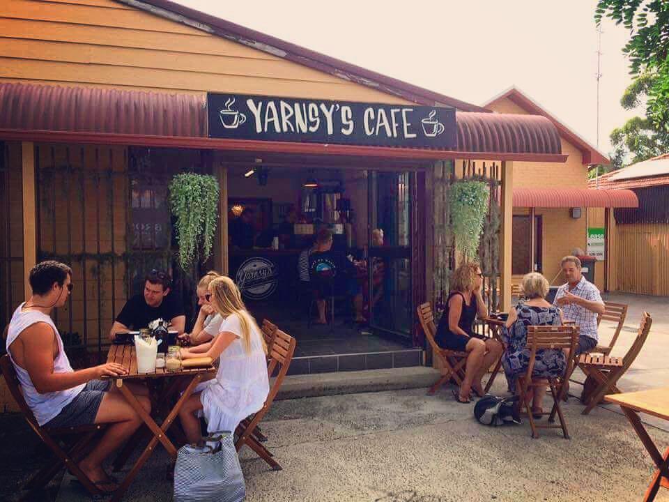Yarnsys Cafe - Self Starter